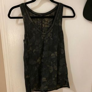 Size 4 green lululemon cotton tank